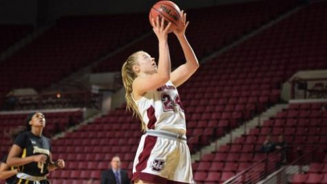 UMass women's basketball falls in 87-81 double overtime loss to Davidson