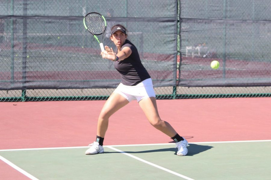 UMass+tennis+bounces+back+from+a+tough+opening+day+to+spark+Sunday+sweep+of+Bryant