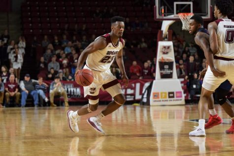 Maxie Esho, bench play, spur UMass to sloppy win at Northern Illinois