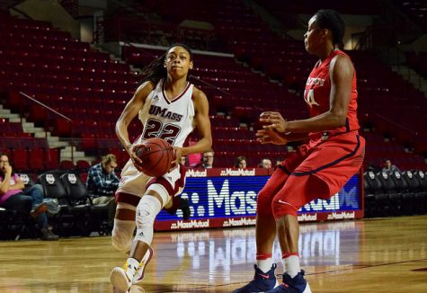 Minutewomen fall in A-10 tournament to Richmond