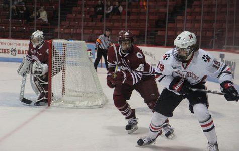 Hockey East Notebook: Northeastern, Boston University both win to earn spots in the Beanpot championship