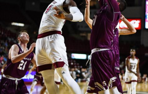 UMass men's basketball travels to Richmond for first of final two games