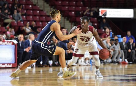 UMass men's basketball drops third straight game