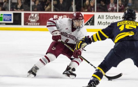 Offensive outpouring leads UMass hockey to 5-2 victory over Merrimack