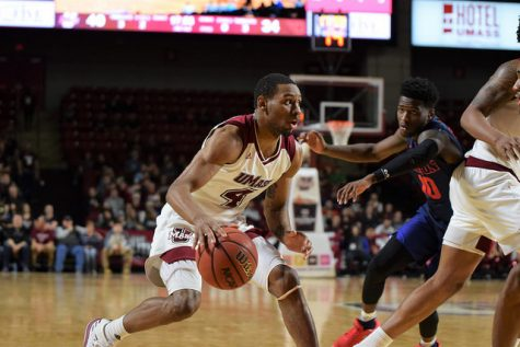 UMass a mix of returners and newcomers