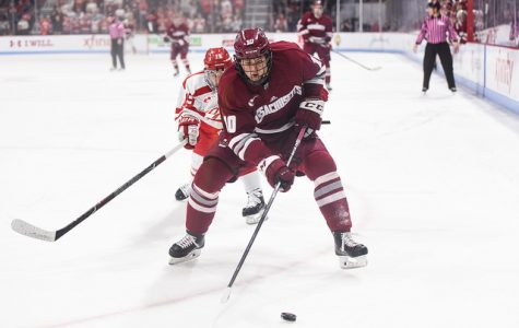 Third period resurgence saves UMass in 3-3 tie at BU
