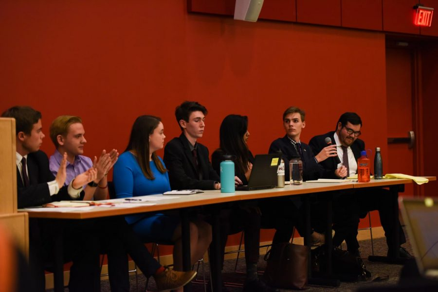 SGA candidates debate for 2018 positions