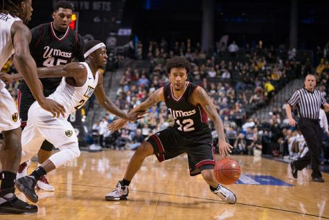 Late run comes up short for UMass men's hoops in loss to GW