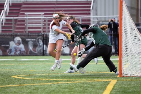 Minutewomen snap losing streak, head to Stony Brook