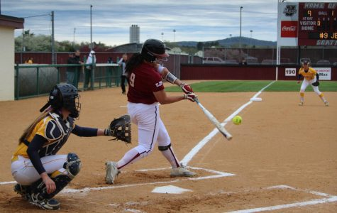 UMass softball splits final preseason tournament