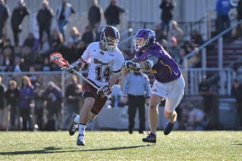 UMass men's lacrosse tops Harvard in a defensive struggle