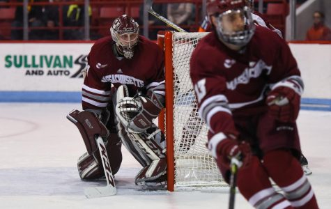 Northeastern power play proves problematic for UMass hockey in Game 1
