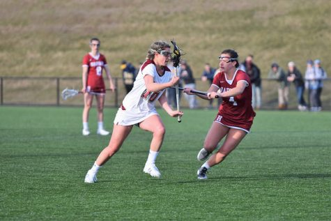 Minutewomen drop clash with conference-leading Bonnies