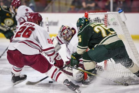 UMass can't complete comeback in 4-3 overtime loss to Vermont