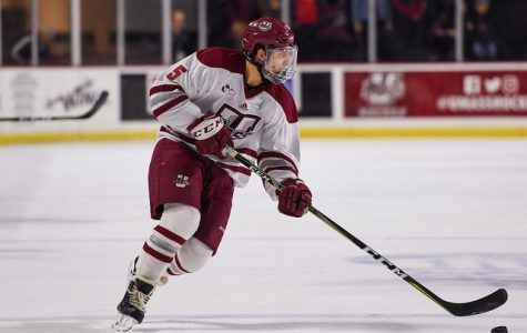 Offense comes alive for UMass in opening round series-clinching win