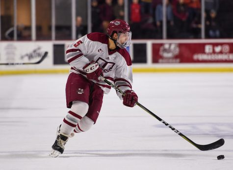 UMass gives up three straight goals in loss to No. 20 Merrimack