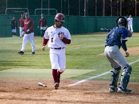 Holy Cross travels to Earl Lorden Field