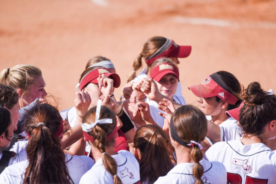 UMass+softball+takes+two+wins+in+double+header+vs.+Rhode+Island