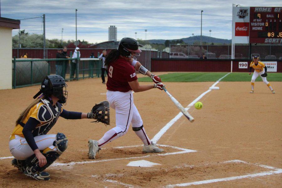 UMass softball hosts Rhode Island for doubleheader Tuesday