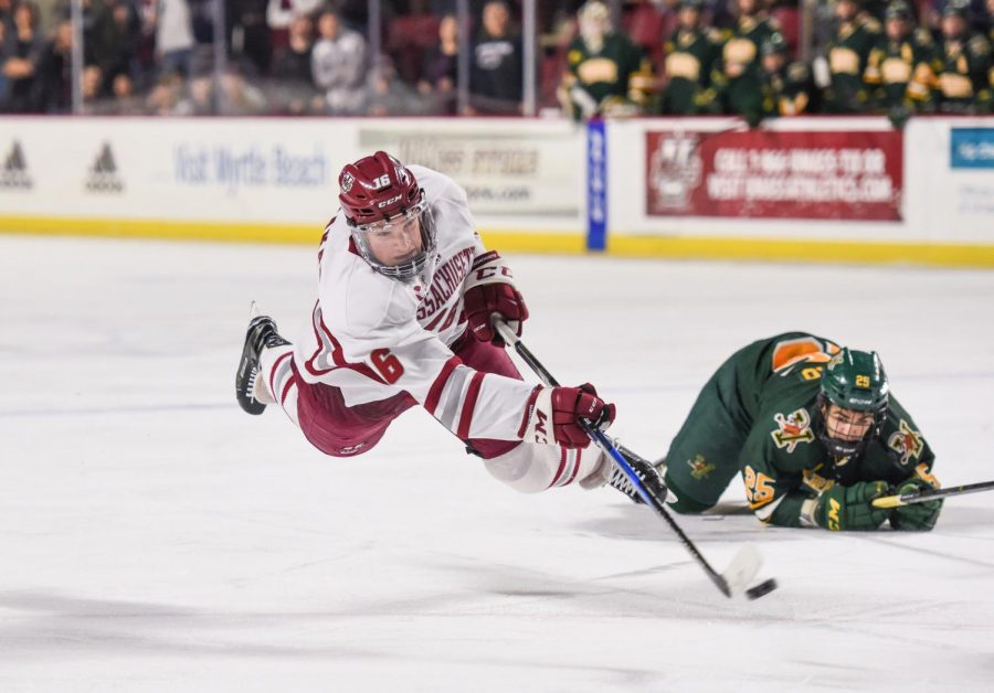 Cale Makar opens up about decision to return to UMass hockey for sophomore season