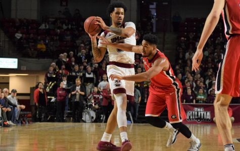 UMass men's basketball gains Sy Chatman, but loses Chris Baldwin