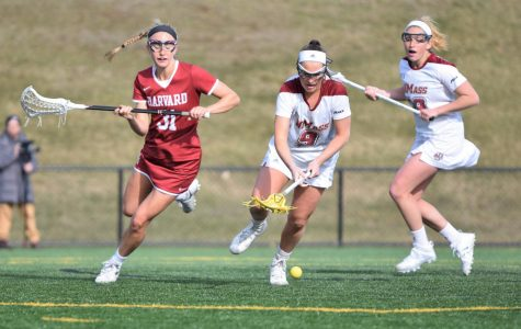 Turner records five assists in 22-10 victory over La Salle