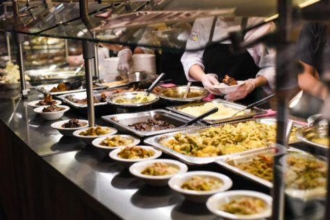 Let students take food out of dining halls