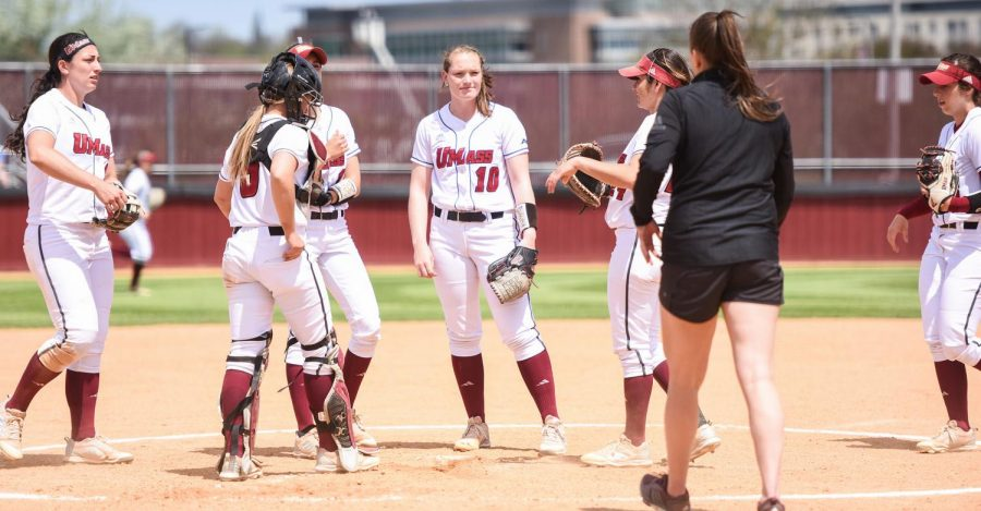 UMass softball staves off A-10 elimination with win over Dayton