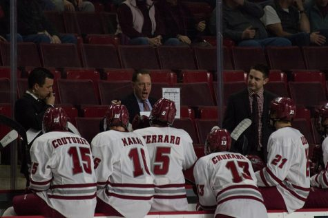 Controversial ruling leads to UMass hockey's loss to BC