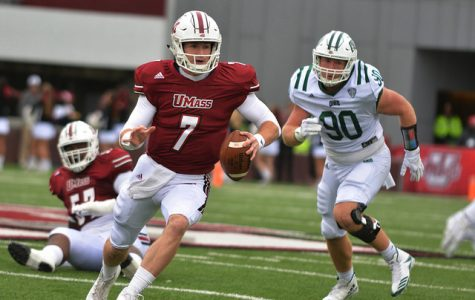 UMass opens season with blowout win over Duquesne