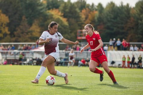 Outside-the-box strategy to play key role for the Minutewomen against Eastern Michigan