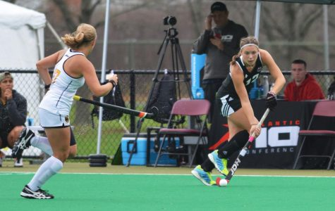 UMass field hockey gets in early hole against UConn, falls 8-3