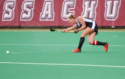 UMass field hockey splits Philly trip