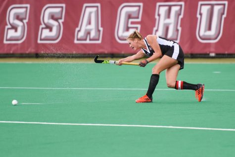 VIDEO: UMass falls to Harvard in overtime 10-9.