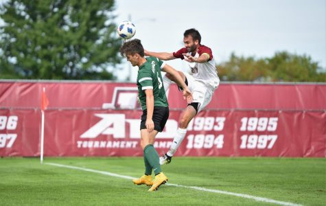 UMass men's soccer falls to Dartmouth 1-0 in double overtime