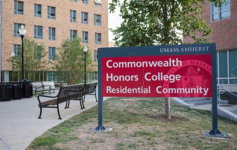 Transgender politicians talk Question 3 at Commonwealth Honors College