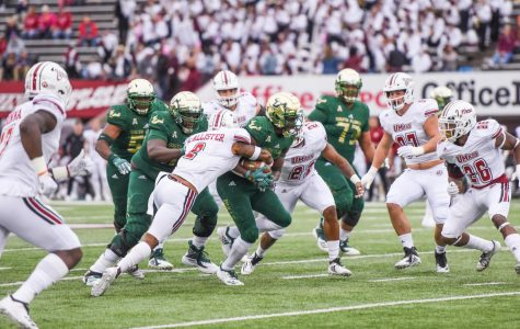 UMass football gives up 58 points in loss to South Florida