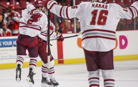 UMass hockey opens up 2018-19 campaign in the win column