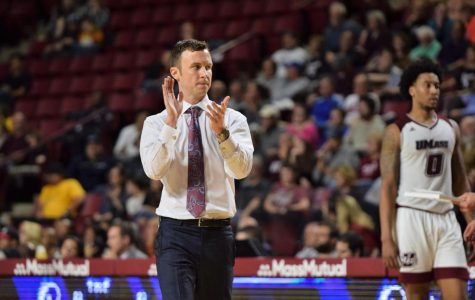 Freshmen settling in for UMass basketball