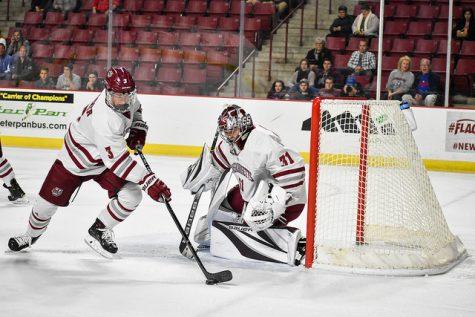 Matt Murray's stellar night helps UMass hockey over Merrimack