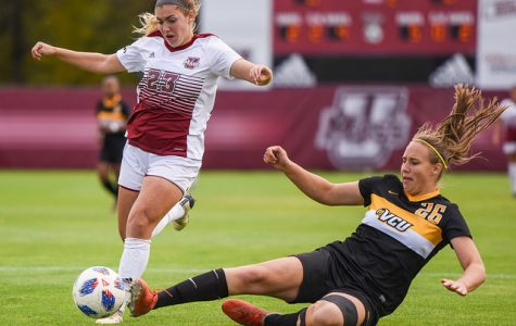 Despite scoring zero goals, Minutewomen still optimistic