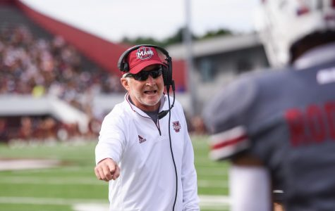 Ed Pinkham set to lead UMass against South Florida