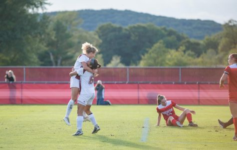 Hipp, Bonavita lead resilient offensive effort as UMass women's soccer downs Davidson