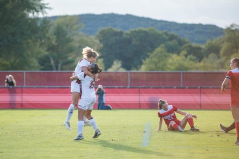 Women's soccer look to defeat Xavier, keep playoff hopes alive