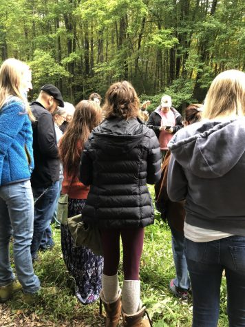 Fall Herb Walk inspires attendees to use herbs in new ways