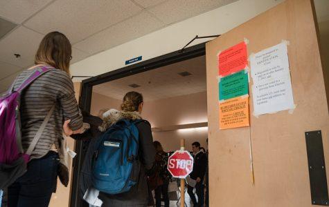 手紙:マ大民主主義学生団体 火曜日の投票を促進