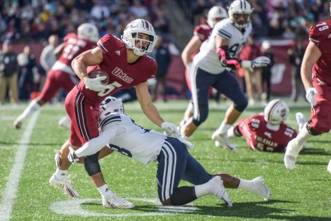 Former UMass tight end Jean Sifrin participates in UMass' 2016 Pro Day