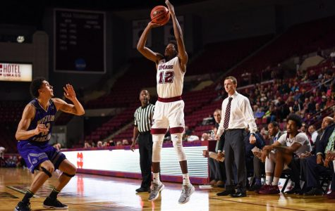 Carl Pierre 2.0: UMass basketball's workhorse steps into year two