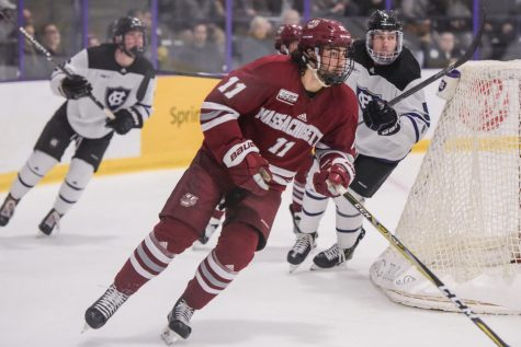 UMass hockey can't take advantage of strong start in 6-1 loss to Boston College