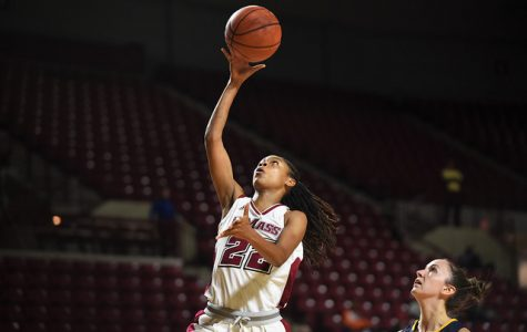 UMass women's basketball suffers first loss of season to Towson, 78-53